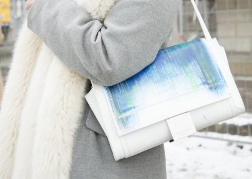 whiteblue-purse